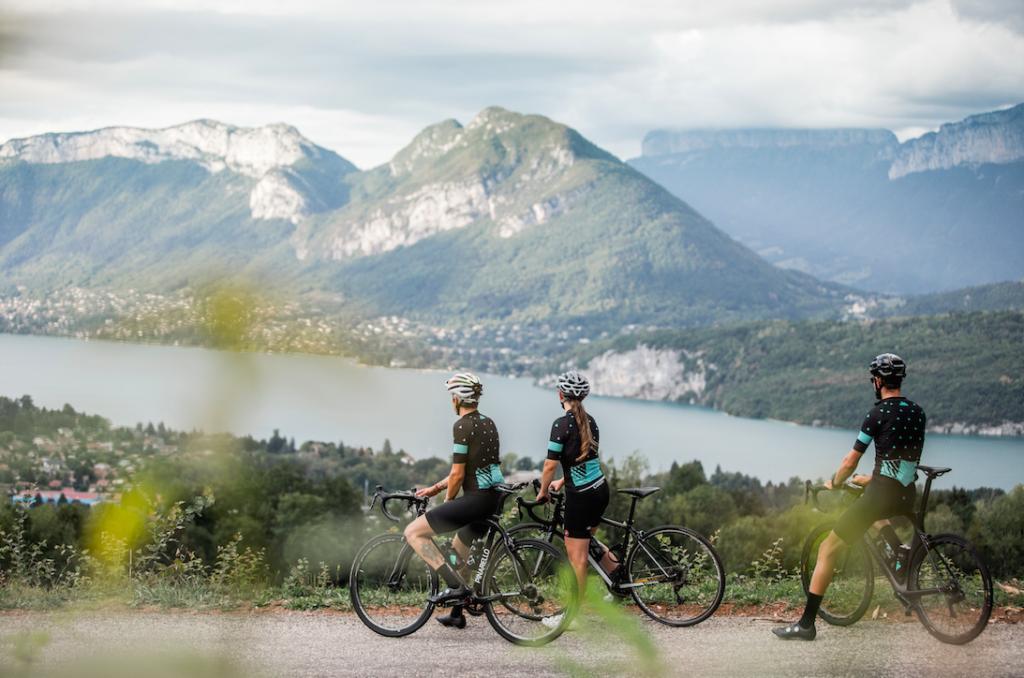 cyclistes col de Leschaux