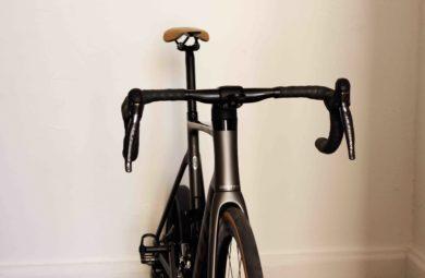 Exercices de vélo à faire sur home-trainer